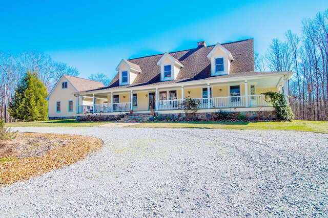 Single Family for Sale at 122 Pleasant Hill Rd Lookout Mountain, Georgia 30750 United States