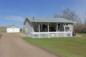 Featured Property in Lacombe County, AB T0C 0B0
