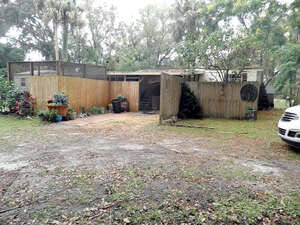 Featured Property in Georgetown, FL 32139