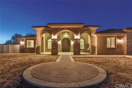 Single Family for Sale at 34708 Pauba Road Temecula, California 92592 United States