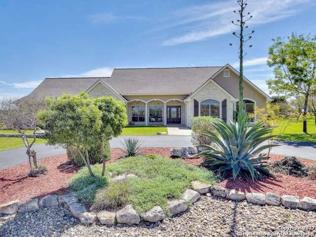 Single Family for Sale at 132 Settlers Way Comfort, Texas 78013 United States