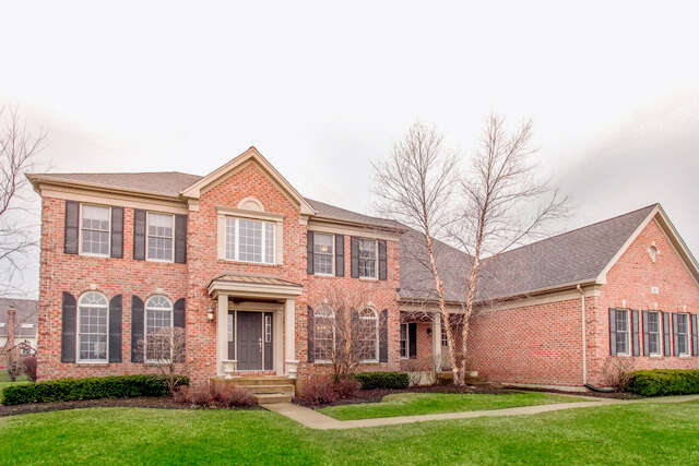 Home Listing at 5 TURNBURY Court, HAWTHORN WOODS, IL