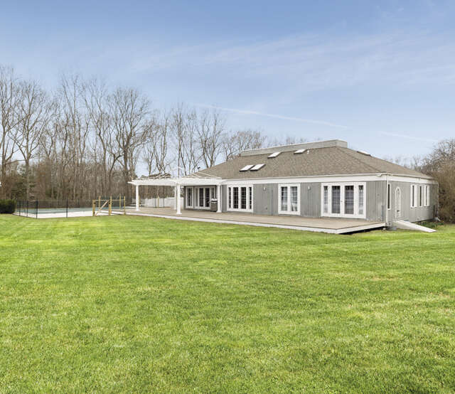 Single Family for Sale at 5 Ranch Court Sagaponack, New York 11962 United States