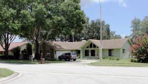 Featured Property in Palm Harbor, FL 34684
