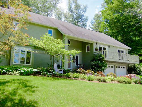 Single Family for Sale at 2501 West Road Manchester, Vermont 05254 United States