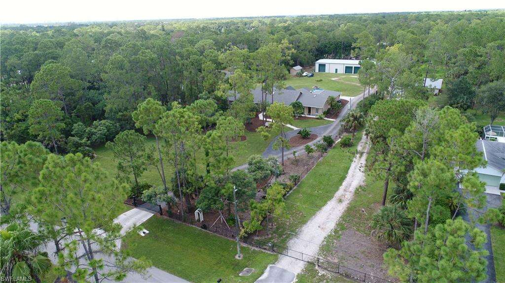 Single Family for Sale at Star Grass Ln Naples, Florida 34116 United States