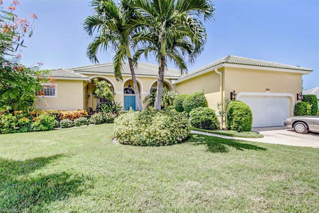 Single Family for Sale at 570 Elk Cir Marco Island, Florida 34145 United States