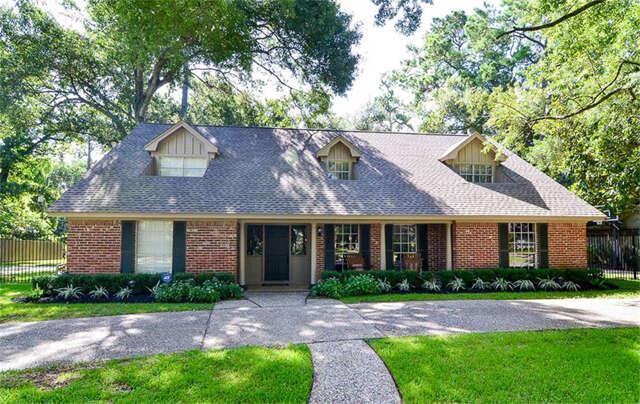 Single Family for Sale at 110 Stoney Creek Houston, Texas 77024 United States