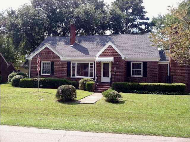 Single Family for Sale at 19 Sheridan Road Charleston, South Carolina 29407 United States
