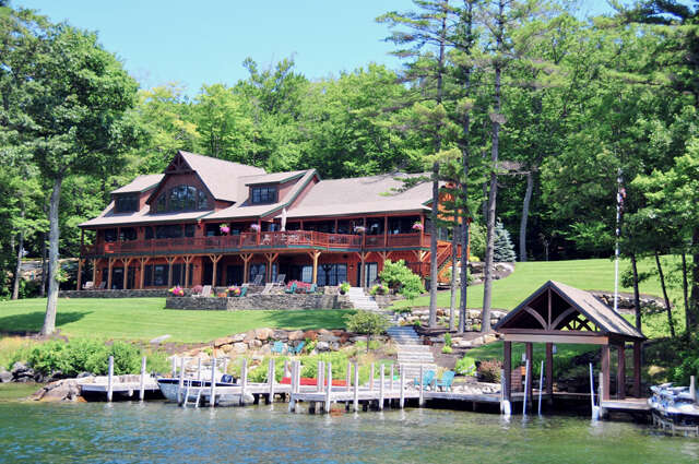 Single Family for Sale at 230 Edgewater Drive Gilford, New Hampshire 03249 United States