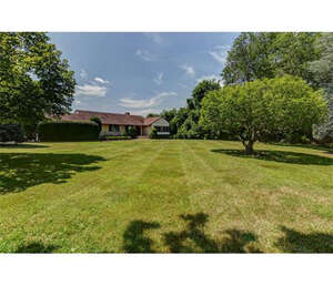 Featured Property in Morganville, NJ 07751