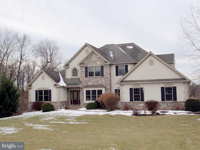 Single Family for Sale at 110 Monument Drive Elizabethtown, Pennsylvania 17022 United States