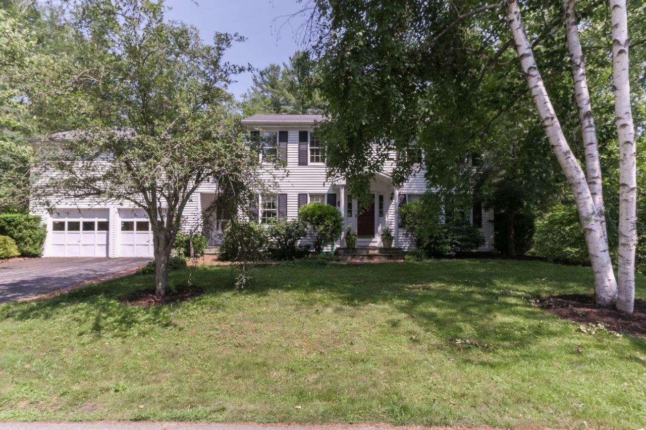 Single Family for Sale at 27 Little Pine Lane Exeter, New Hampshire 03833 United States