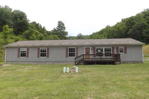 Featured Property in Fairview, WV 26570