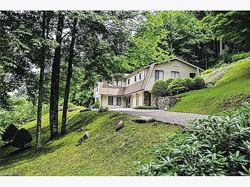 Single Family for Sale at 617 Norton Fork Road Hot Springs, North Carolina 28743 United States