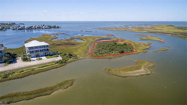 Investment for Sale at 3102 Lafittes Point Galveston, Texas 77554 United States
