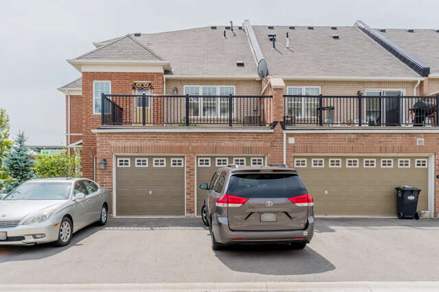 Home Listing at 52 Commuter Dr., BRAMPTON, ON