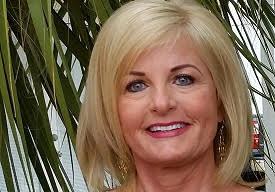 Lynne Hand