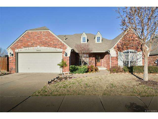 Featured Property in BROKEN ARROW, OK, 74012