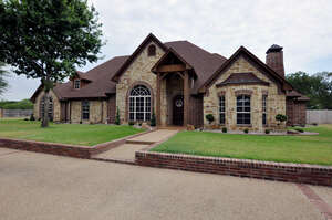 Featured Property in Troup, TX 75789