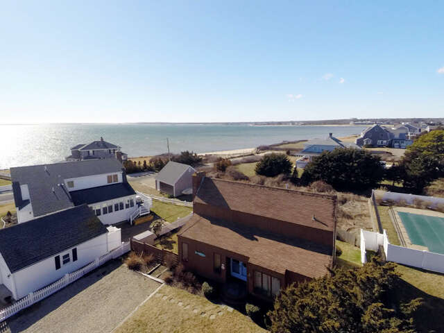 Single Family for Sale at 91 Massachusetts Avenue West Yarmouth, Massachusetts 02673 United States