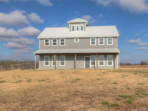 Featured Property in Coweta, OK 74429