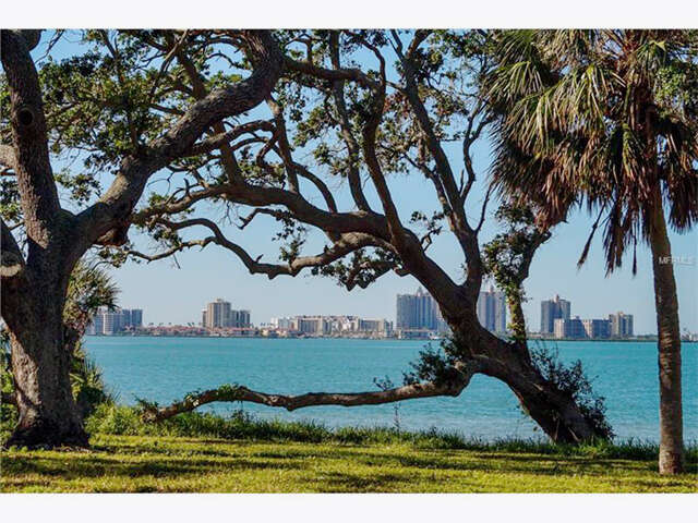 Land for Sale at 409 Bayview Drive Belleair, Florida 33756 United States