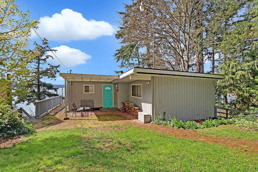 Single Family for Sale at 12422 Sunny Shores Rd Marysville, Washington 98271 United States