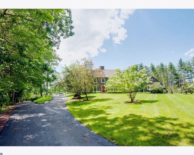 Single Family for Sale at 527 Cafferty Rd Upper Black Eddy, Pennsylvania 18972 United States