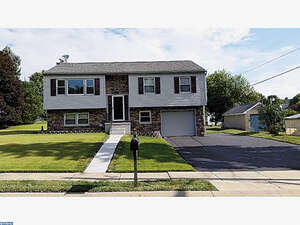 Featured Property in Wernersville, PA 19565