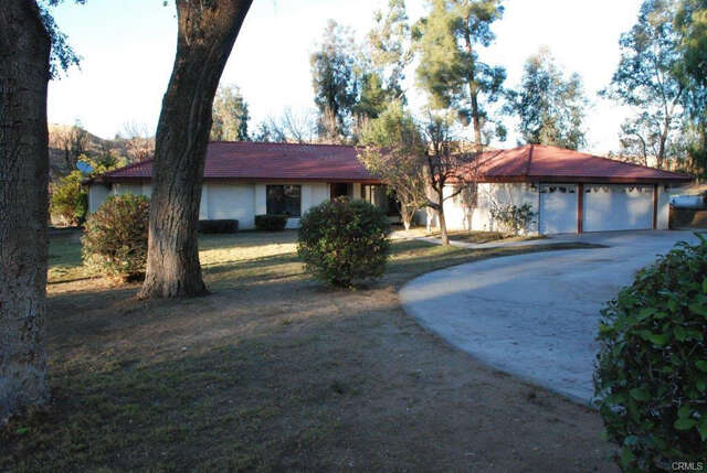 Single Family for Sale at 30372 Oak Grove Dr. Redlands, California 92373 United States