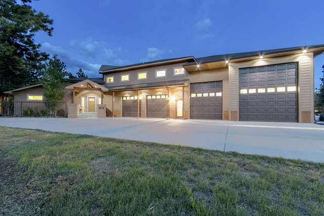Single Family for Sale at 557 Grand Estates Dr Estes Park, Colorado 80517 United States