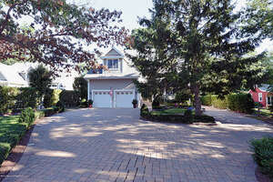 Featured Property in Wall, NJ 07719