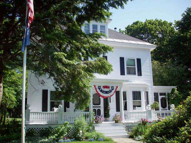 Single Family for Sale at 243 Atlantic Avenue North Hampton, New Hampshire 03862 United States