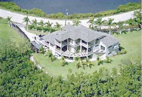 Single Family for Sale at 145 Horseshoe Loop Terra Ceia, Florida 34250 United States