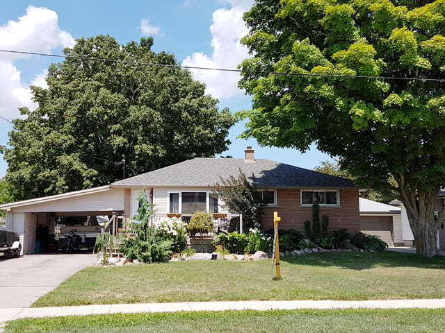 Featured Property in THAMESFORD, ON, N0M 1S2