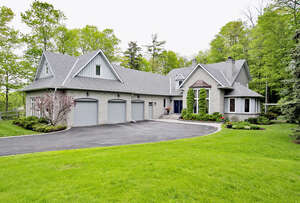 Featured Property in Stouffville, ON L4A 7X5