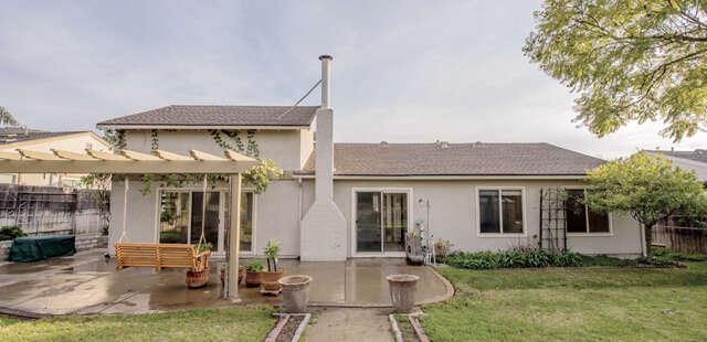Single Family for Sale at 3051 Cottonwood Court Newbury Park, California 91320 United States