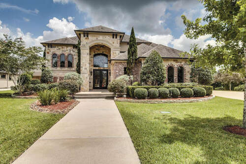 Single Family for Sale at 409 Hunters Lane Friendswood, Texas 77546 United States