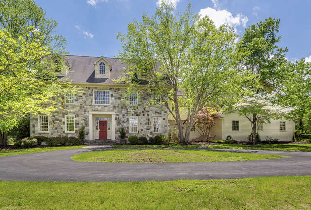 Single Family for Sale at 1560 Merryweather Drive Bethlehem, Pennsylvania 18015 United States