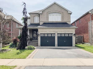 Featured Property in Mississauga, ON L5M 7W7