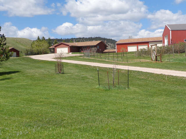 Single Family for Sale at 2615 E Cleveland St. Sundance, Wyoming 82729 United States