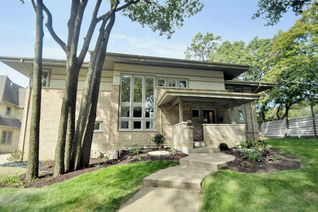 Single Family for Sale at 3810 Johnson Ave. Western Springs, Illinois 60558 United States