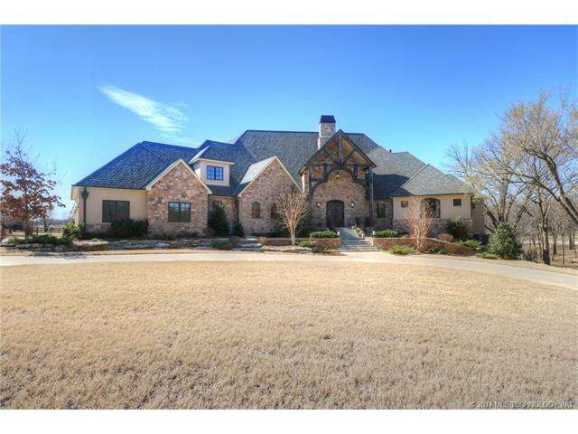 Single Family for Sale at 9926 N Ashfield Road Owasso, Oklahoma 74055 United States