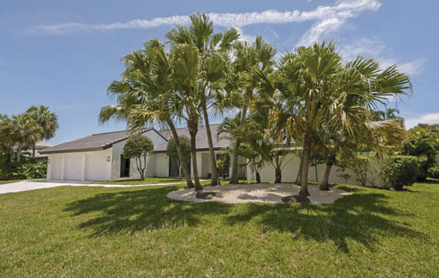 Single Family for Sale at 16650 Ironwood Drive Delray Beach, Florida 33445 United States