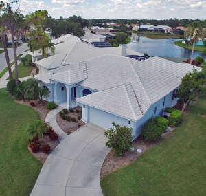 Single Family Home for Sale, ListingId:40228268, location: 8997 Huntington Pointe Dr. Sarasota 34238