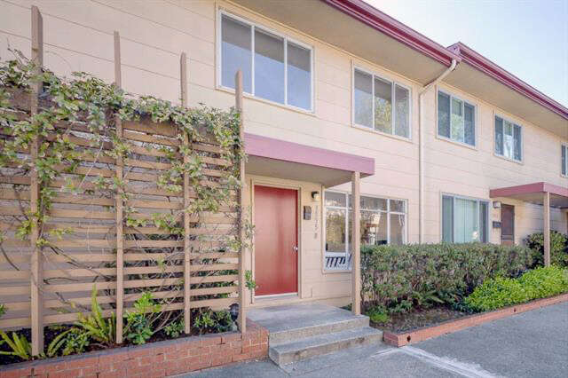 Single Family for Sale at 1555 Marina Ct #b San Mateo, California 94403 United States