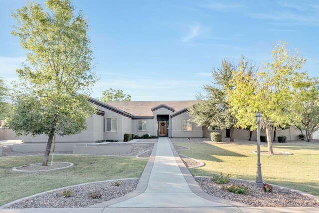 Single Family for Sale at 2633 E Ridgewood Ln Gilbert, Arizona 85298 United States