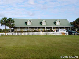 Featured Property in Trenton, FL 32693