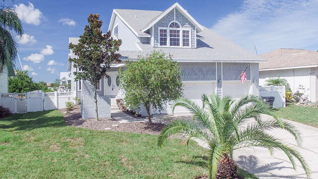 Single Family for Sale at 1114 Kingfish Place Apollo Beach, Florida 33572 United States